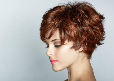 Ladies' short hairstyle